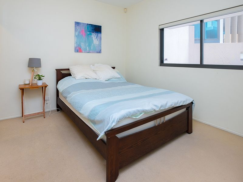 301/5 Manning Street, South Brisbane QLD 4101, Image 2
