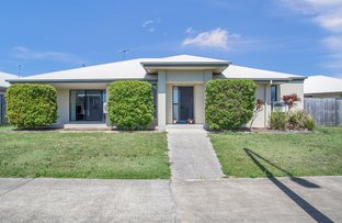 Picture of 27 Henley Close, Blacks Beach QLD 4740