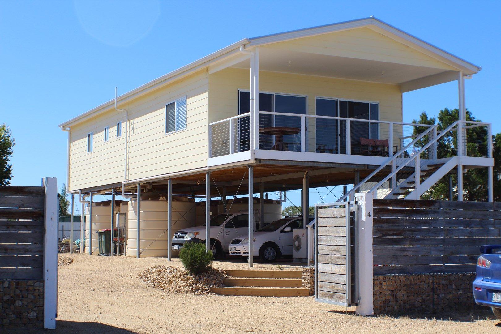4 Petrel Crescent, Thompson Beach SA 5501, Image 0