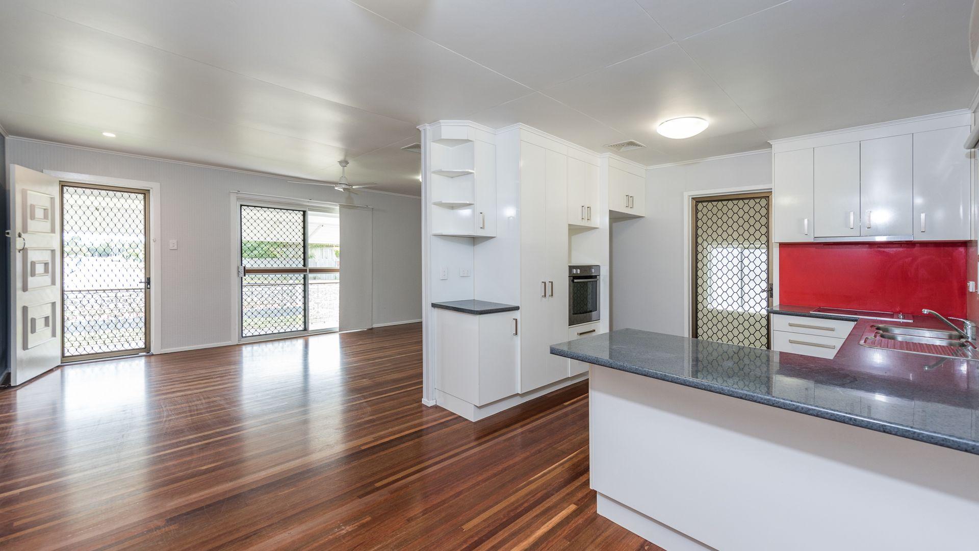 11 Williams Road, Svensson Heights QLD 4670, Image 2