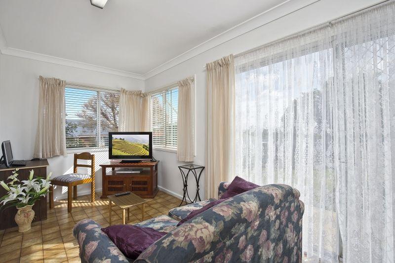 73 Lansdowne Street, Goulburn NSW 2580, Image 2