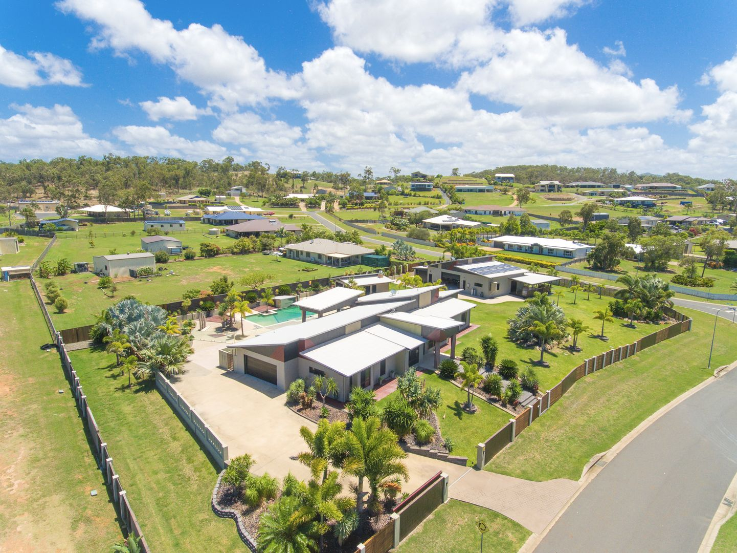 2 Trade Winds Drive, Tanby QLD 4703, Image 0