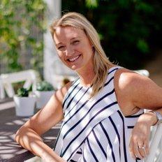 Felicia Rieth, Sales representative