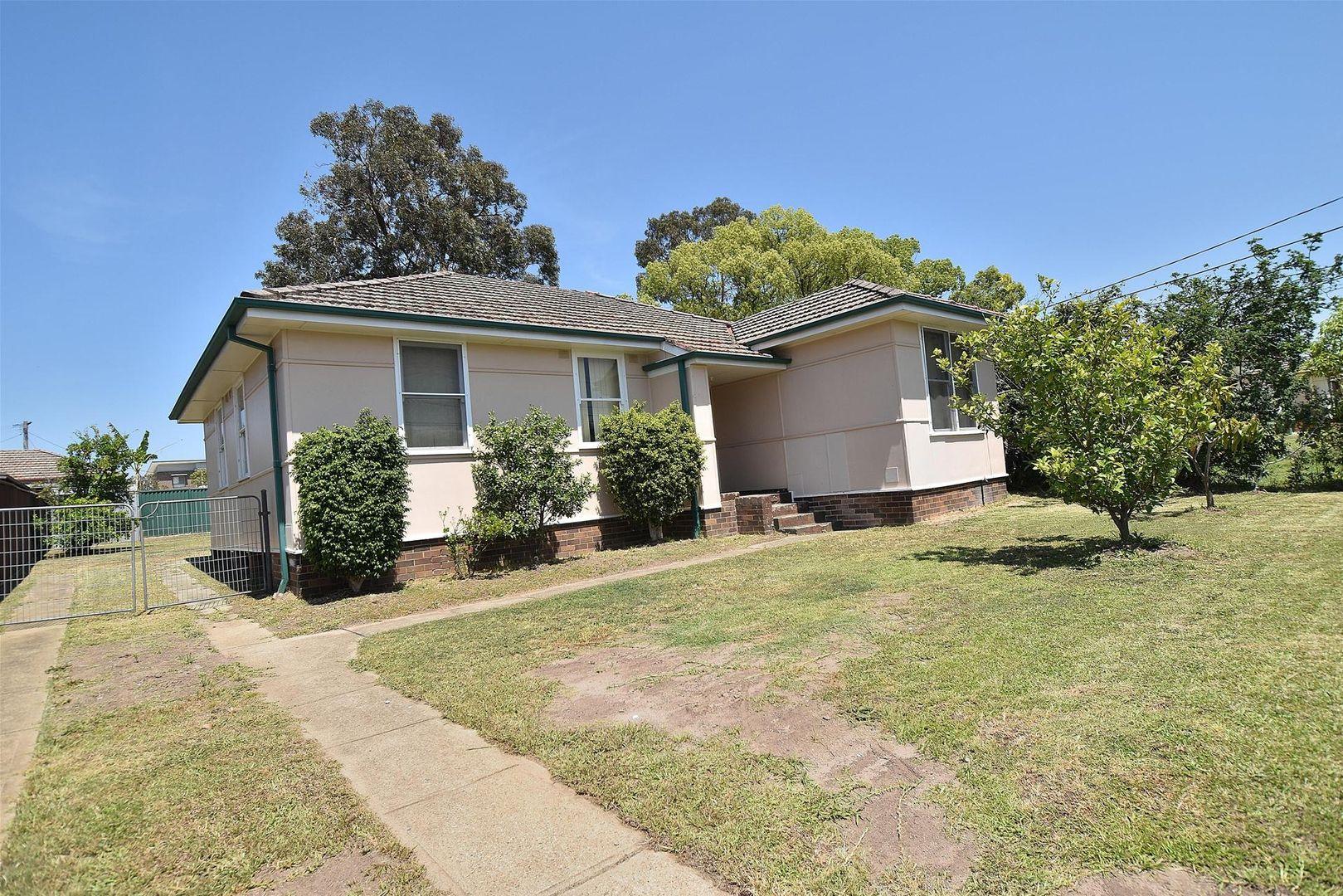 8 Neerini Avenue, Smithfield NSW 2164, Image 0