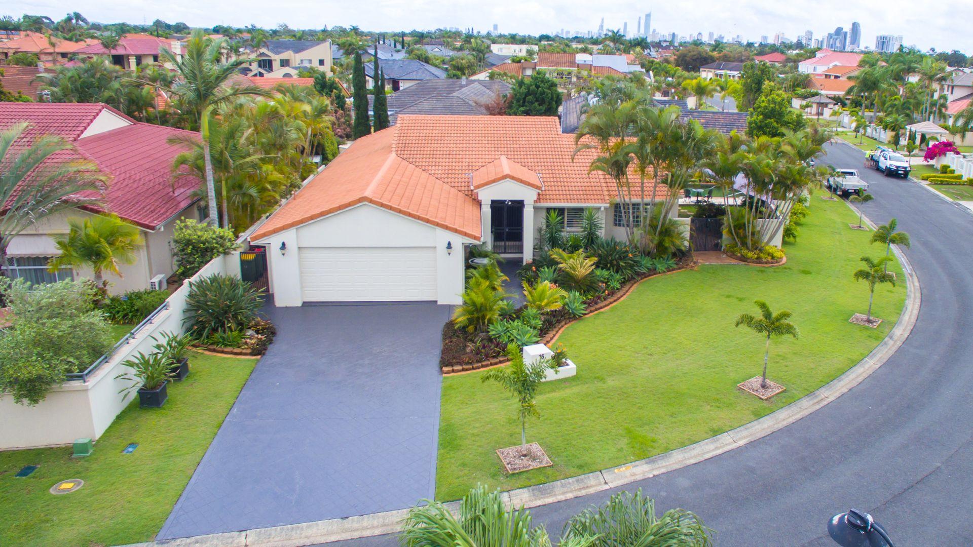 16 Kirralee Drive, Robina QLD 4226, Image 2