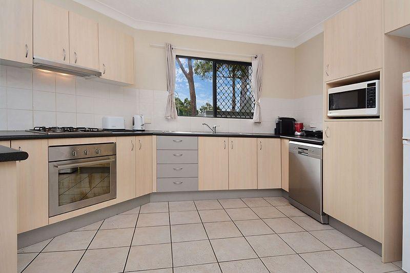 1/113 Wallace Street, Chermside QLD 4032, Image 2