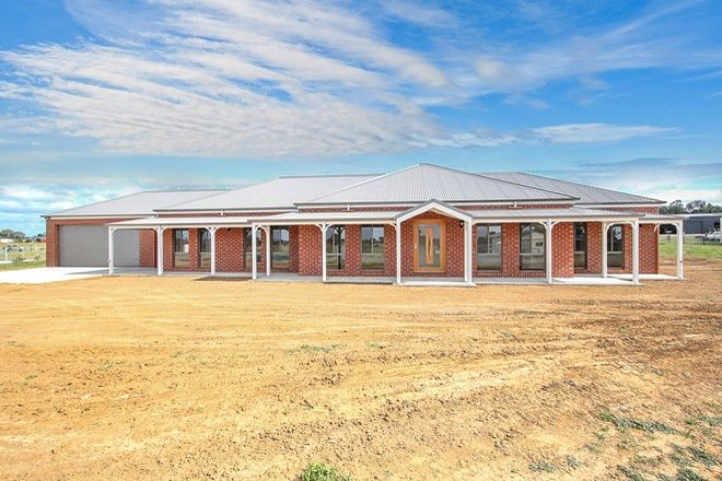 Picture of 8 Clydesdale Road, RUTHERGLEN VIC 3685