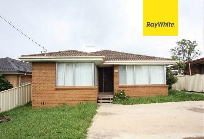 16 Macquarie Avenue, Leumeah NSW 2560, Image 0
