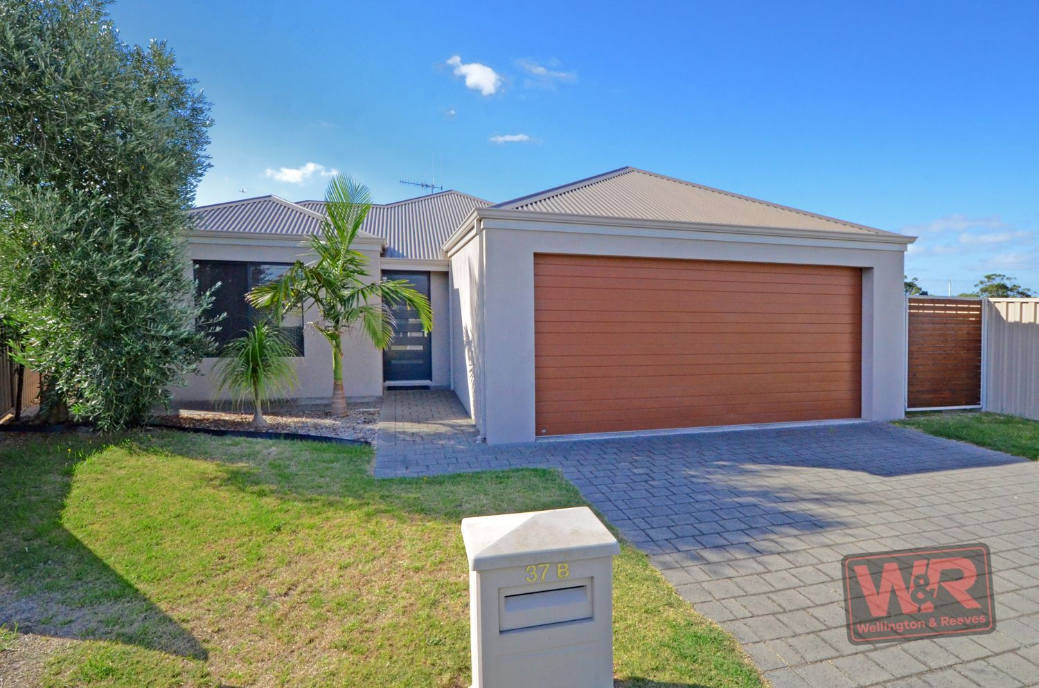 37B Windermere Road, Lower King WA 6330, Image 2