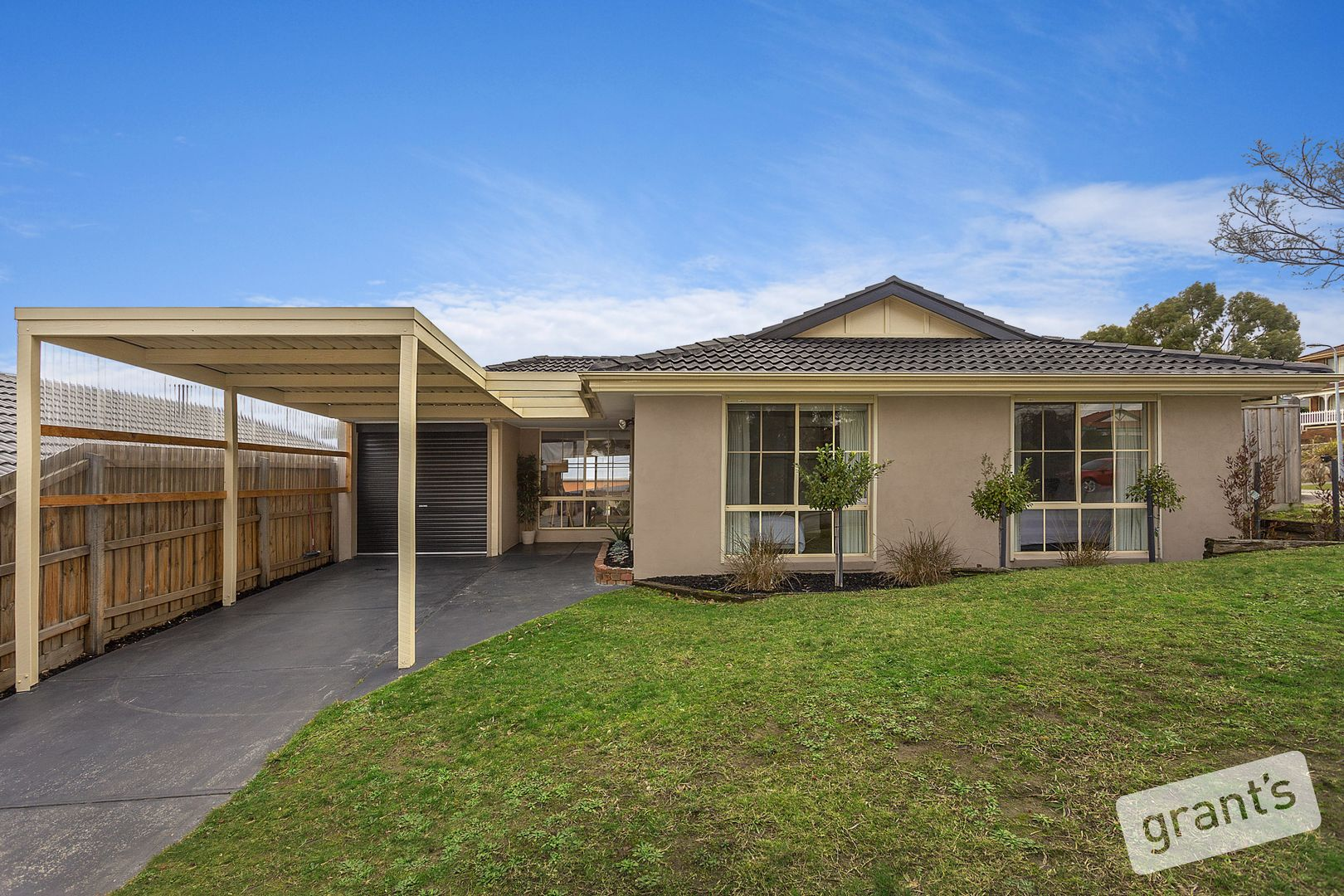 18 Mittagong Court, Berwick VIC 3806, Image 0