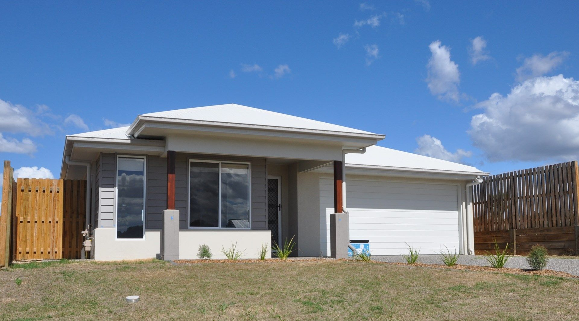 14 McInnes Crescent, Glenvale QLD 4350, Image 0