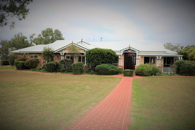Picture of 18 Sussex Drive, OAKEY QLD 4401