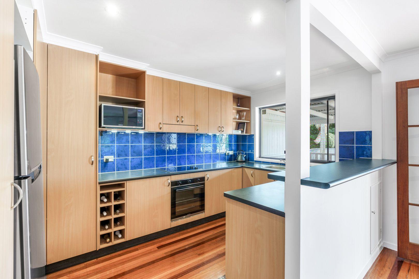 215 Wondall Road, Wynnum West QLD 4178, Image 1