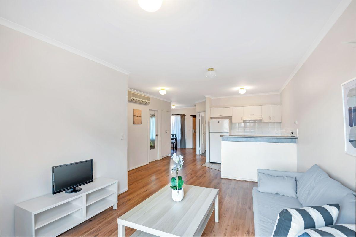 17/81 Carrington St, Adelaide SA 5000, Image 2
