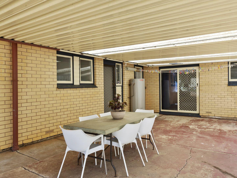 13 Rosemary Terrace, Morphett Vale SA 5162, Image 2