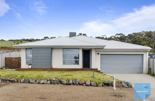 Picture of 1 Gum Tree Terrace, Darley VIC 3340