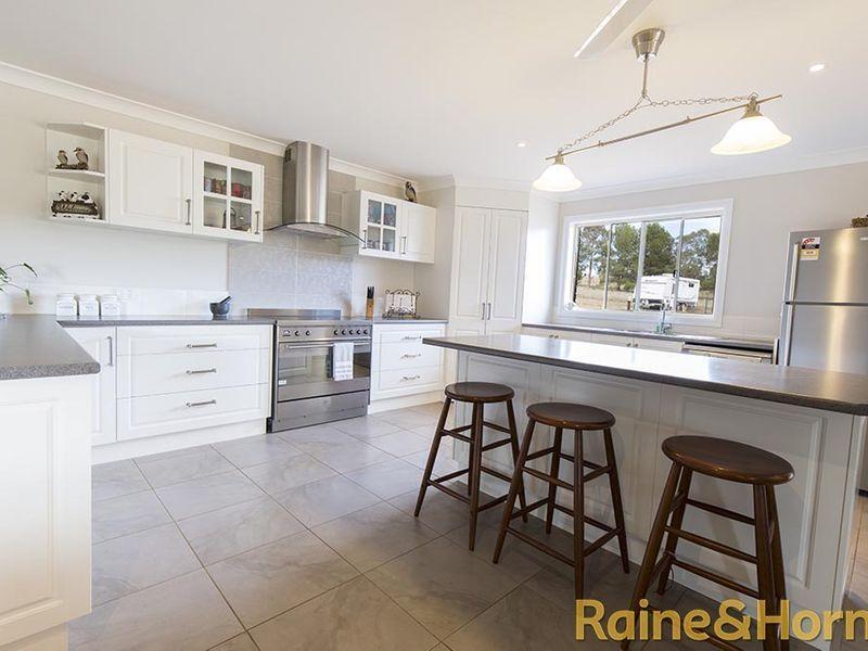 484 Comobella Road, Geurie NSW 2818, Image 2
