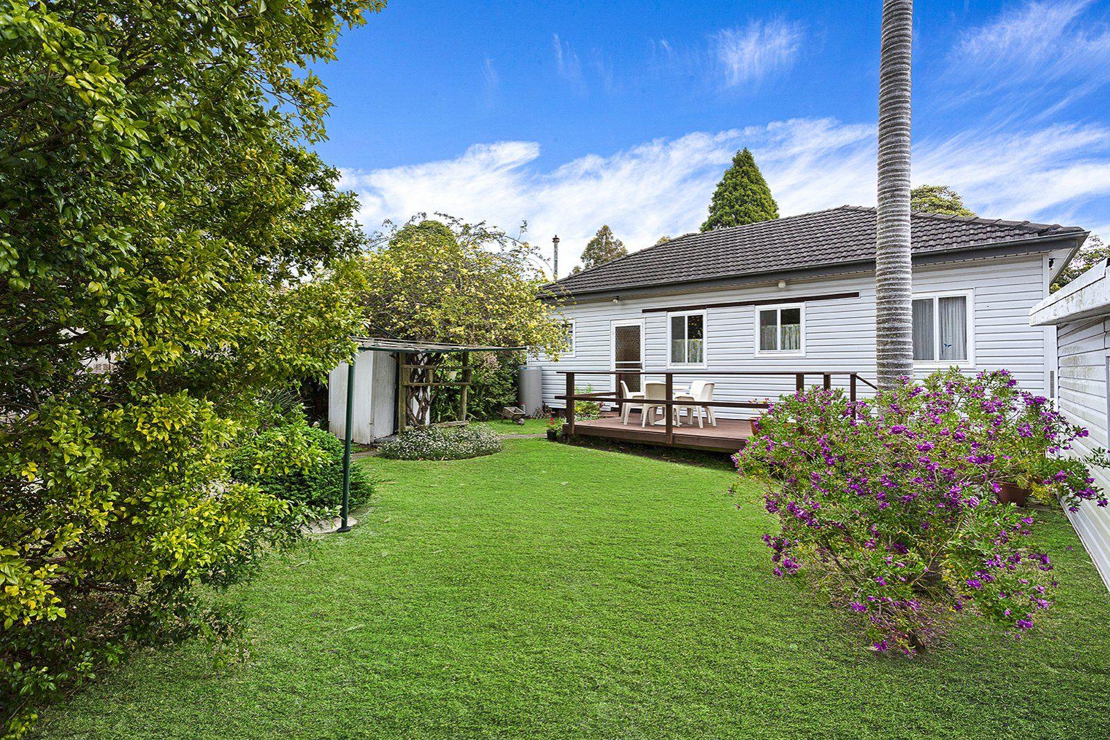 18 Tergur Crescent, Caringbah NSW 2229, Image 1