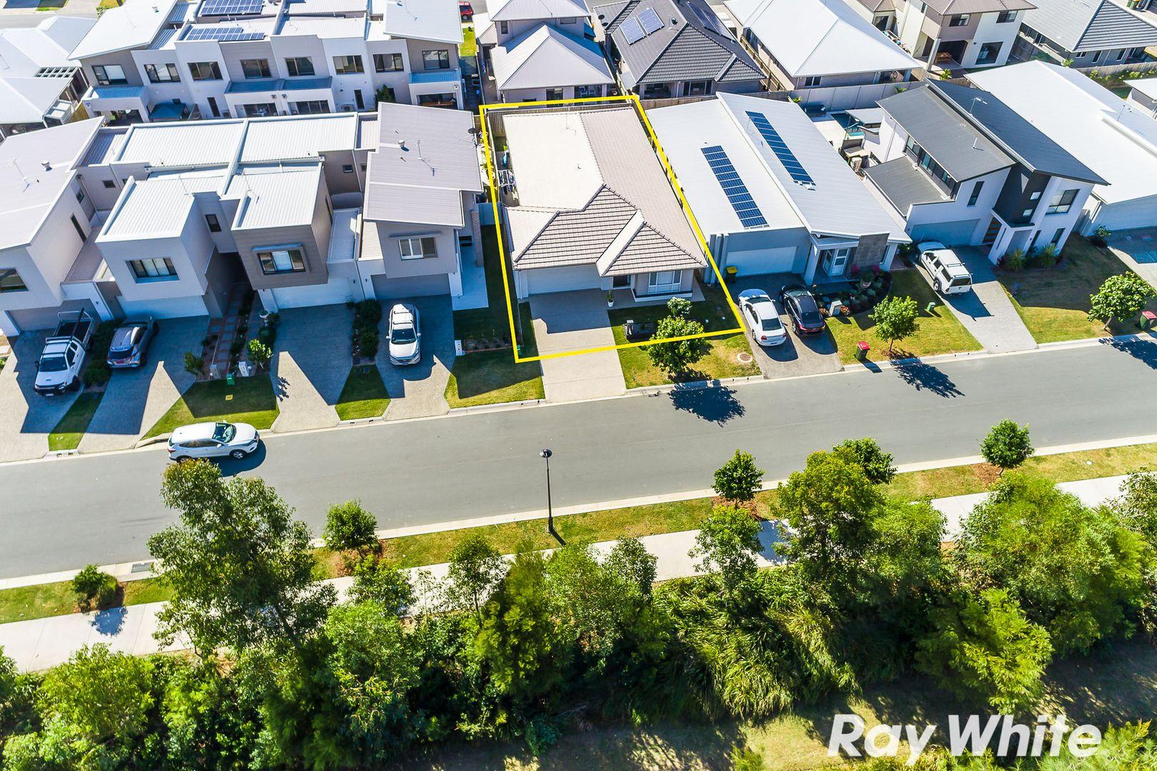 120 Spinnaker Boulevard, Newport QLD 4020, Image 0