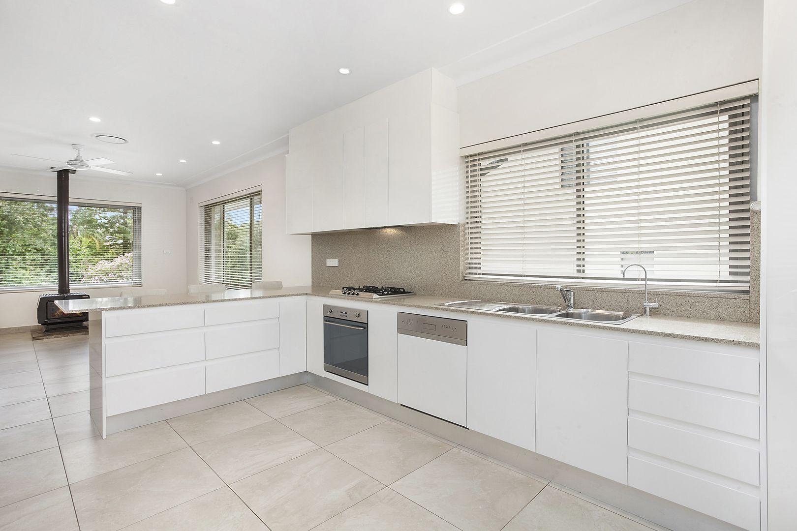 3 Martin Street, Blakehurst NSW 2221, Image 2