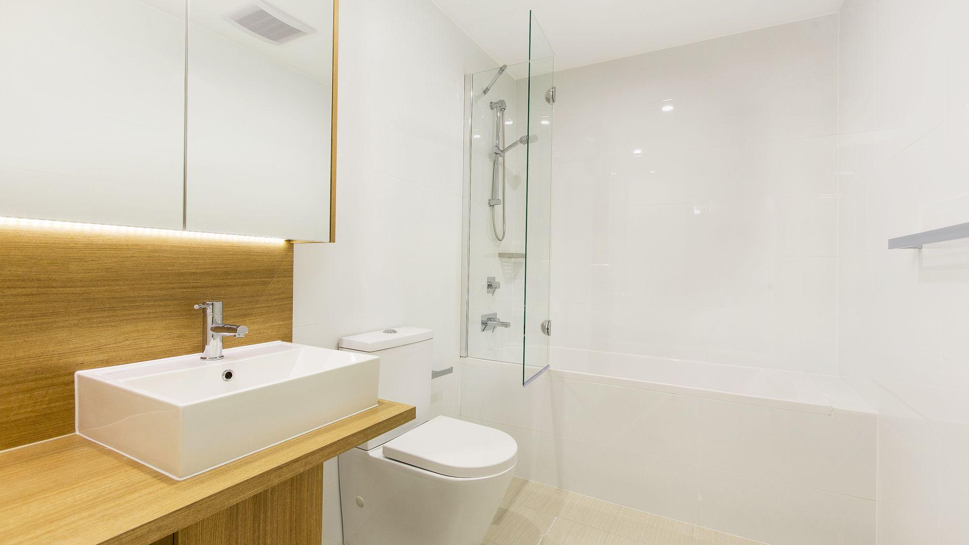 808/7 Washington Avenue, Riverwood NSW 2210, Image 2
