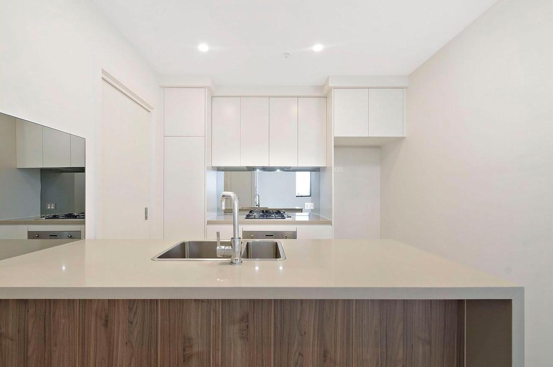 804B/19 Powell Street, Homebush NSW 2140, Image 2