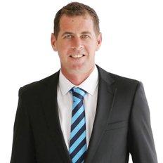 damien hollingsworth, Property Representative