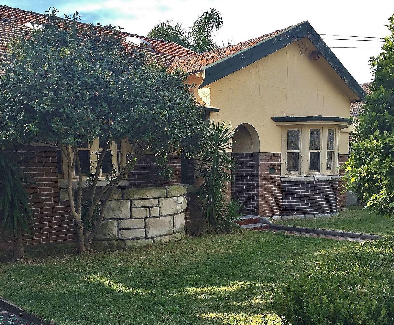85 Minnamorra Avenue, Earlwood NSW 2206, Image 0