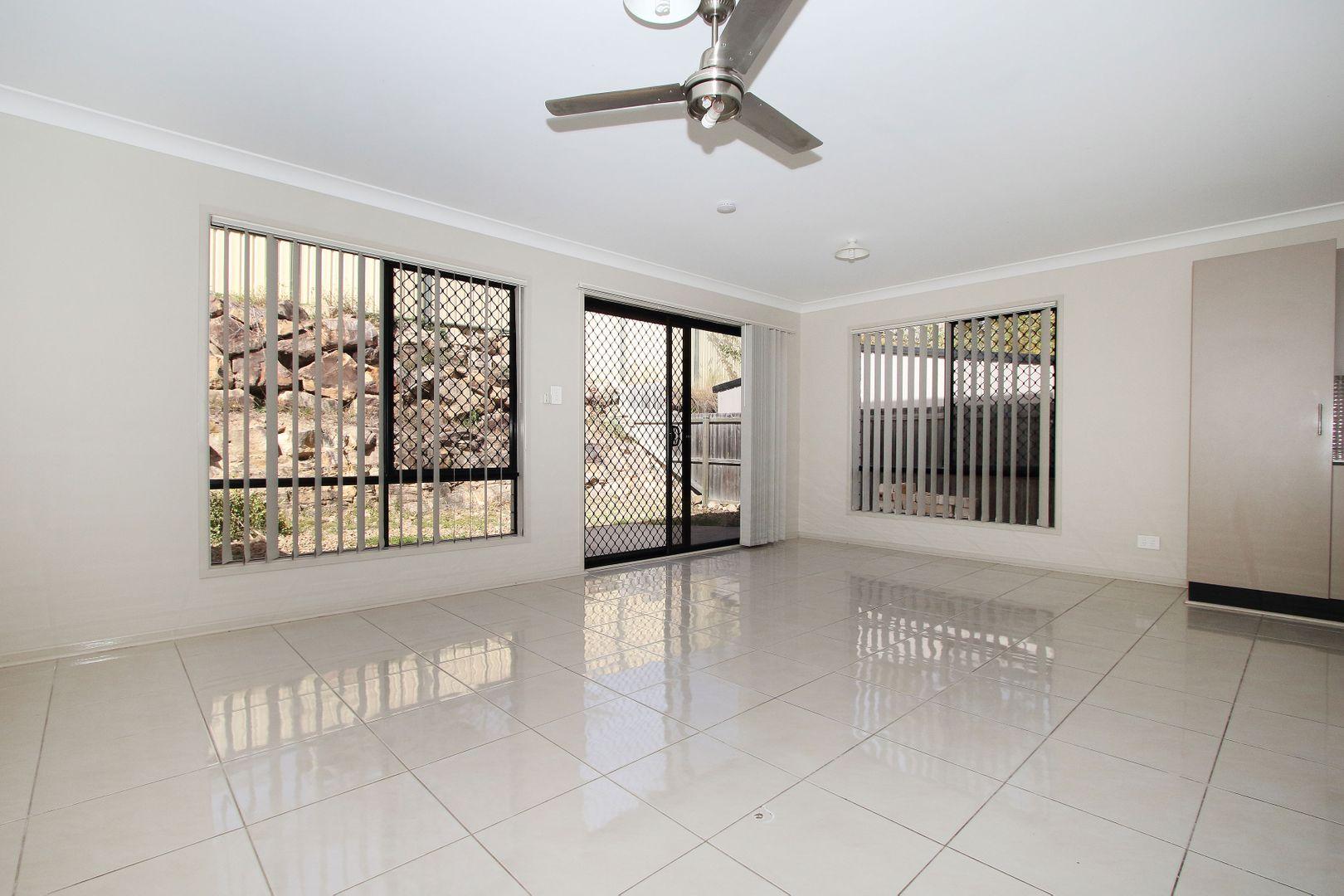 2/270 EAGLE STREET, Collingwood Park QLD 4301, Image 2