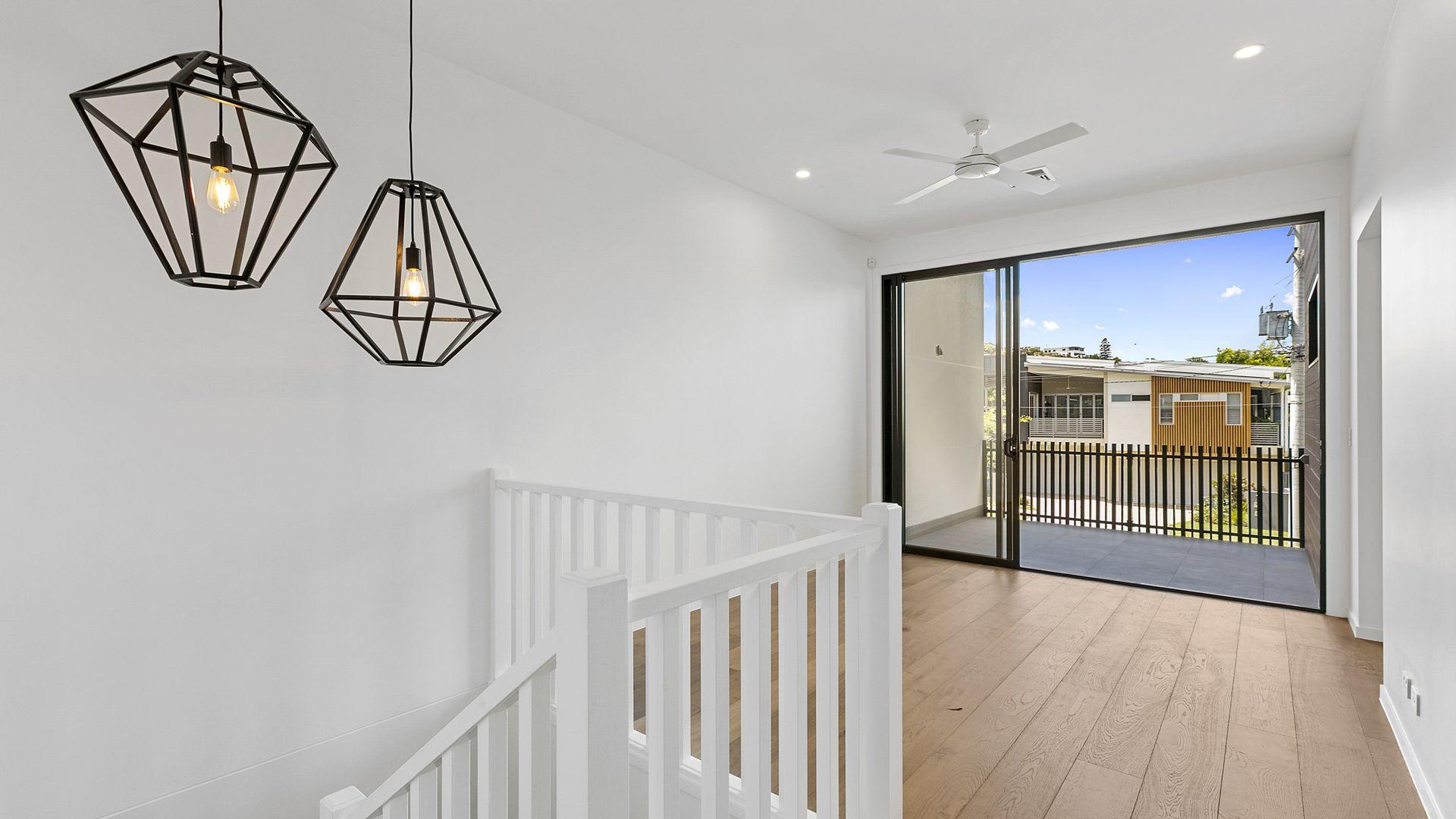 10 Sixth Avenue, Balmoral QLD 4171, Image 2