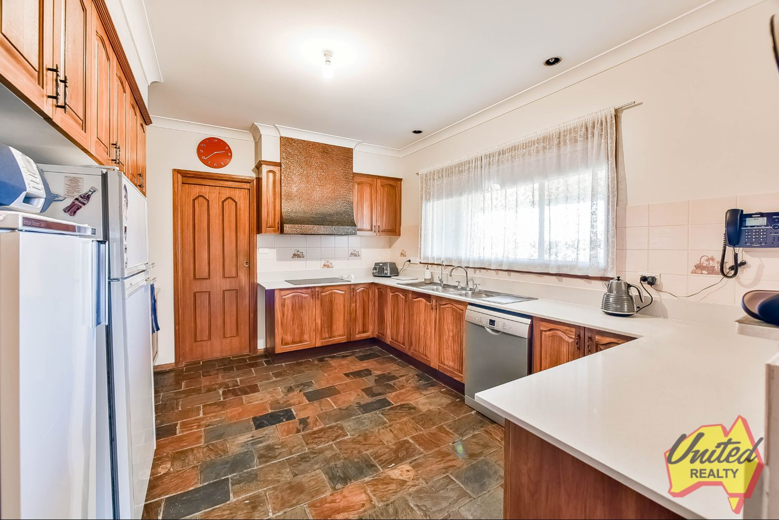 4 Turnbull Avenue, Kemps Creek NSW 2178, Image 2