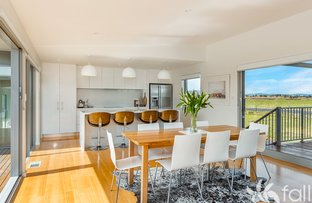 Picture of 220 Shark Point Road, Penna TAS 7171