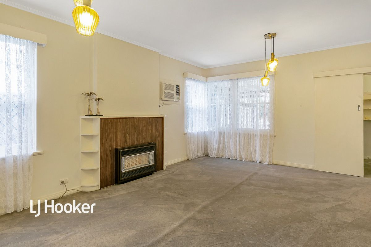 3 Somerset  Avenue, Clearview SA 5085, Image 2