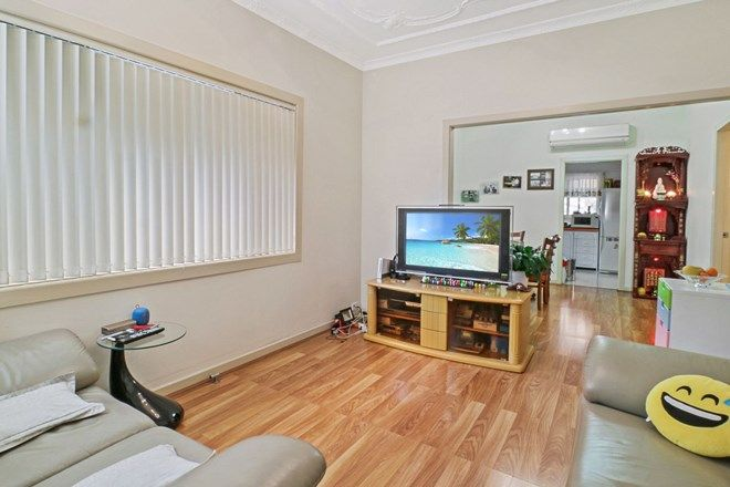 Picture of 184 Patrick St, HURSTVILLE NSW 2220