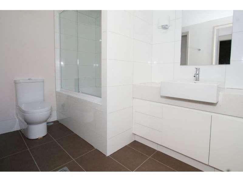304/3-5 Gibbs Street, Southport QLD 4215, Image 1