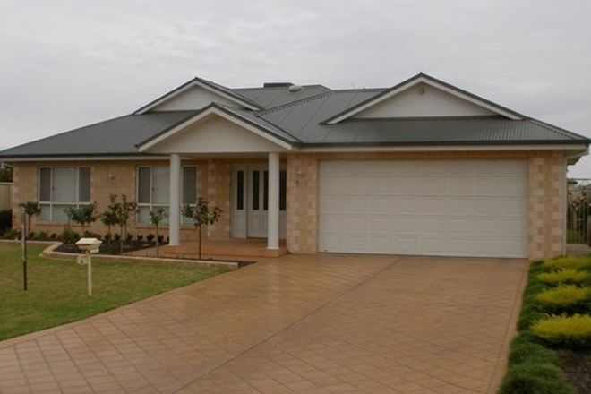 Picture of 4 Braeburn Ave, GRIFFITH NSW 2680