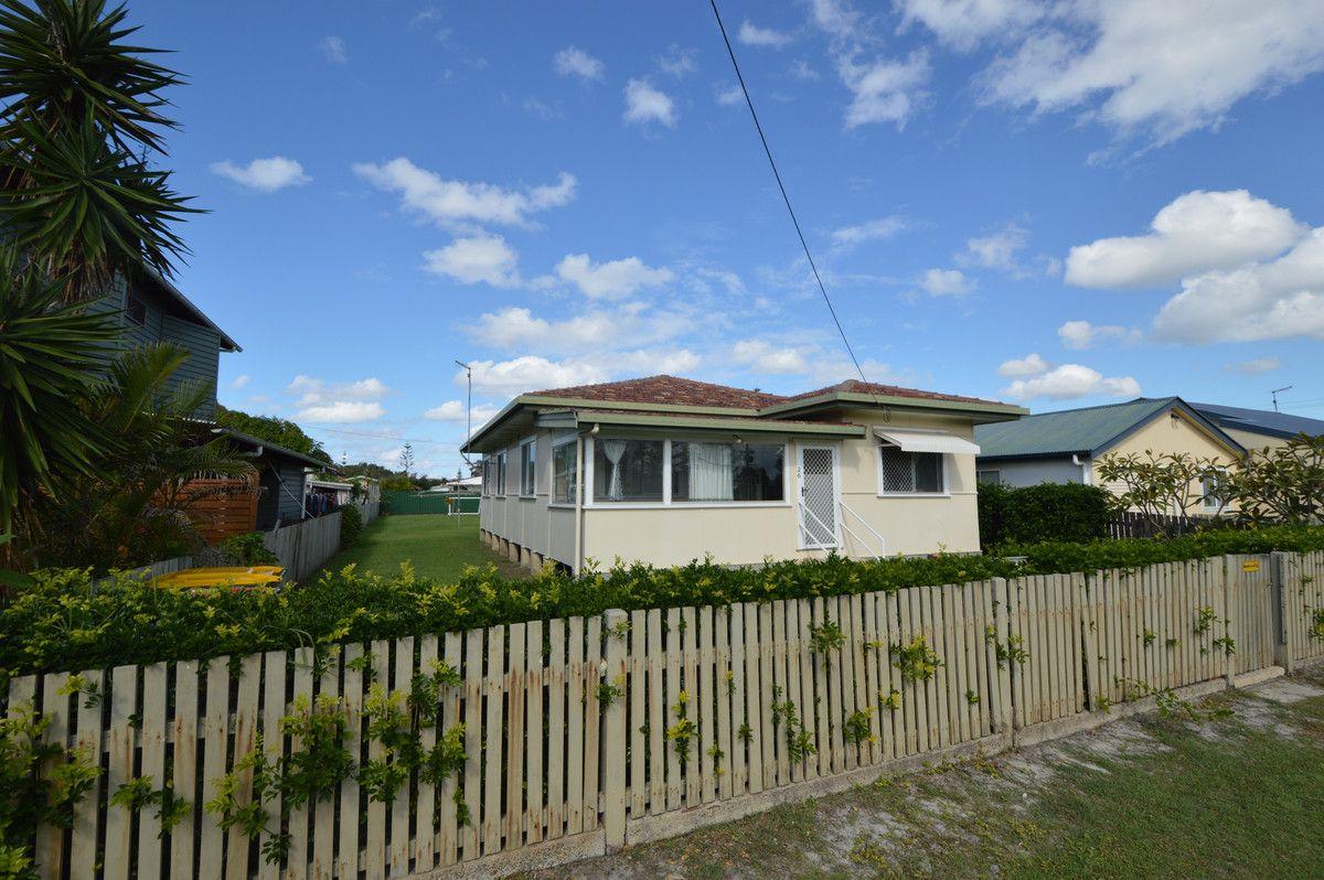 26 Beach Street, Yamba NSW 2464, Image 1