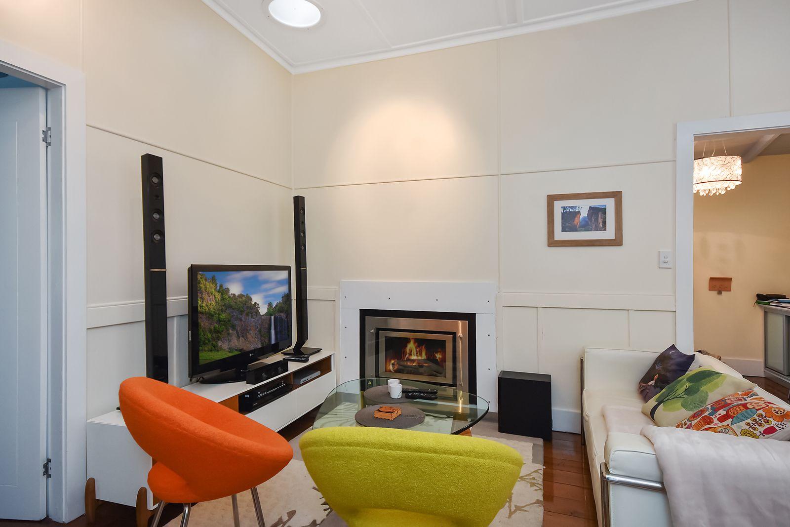 28 Bundarra St, Blackheath NSW 2785, Image 2