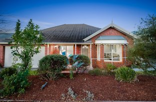 Picture of 1/4 Ovens Street, Box Hill North VIC 3129