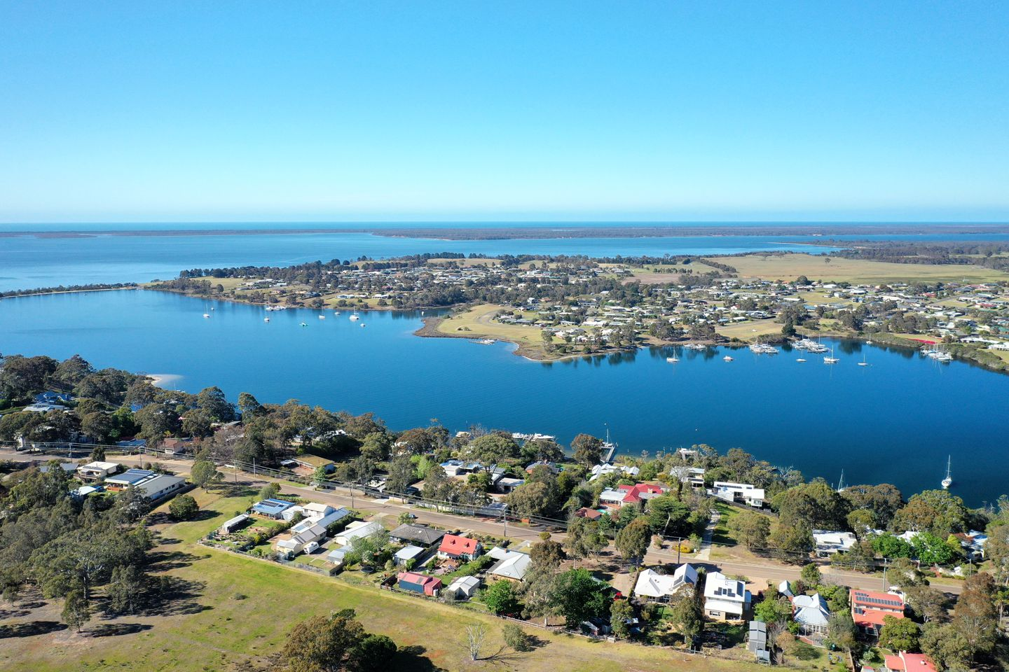 144 Newlands Drive, Paynesville VIC 3880, Image 2