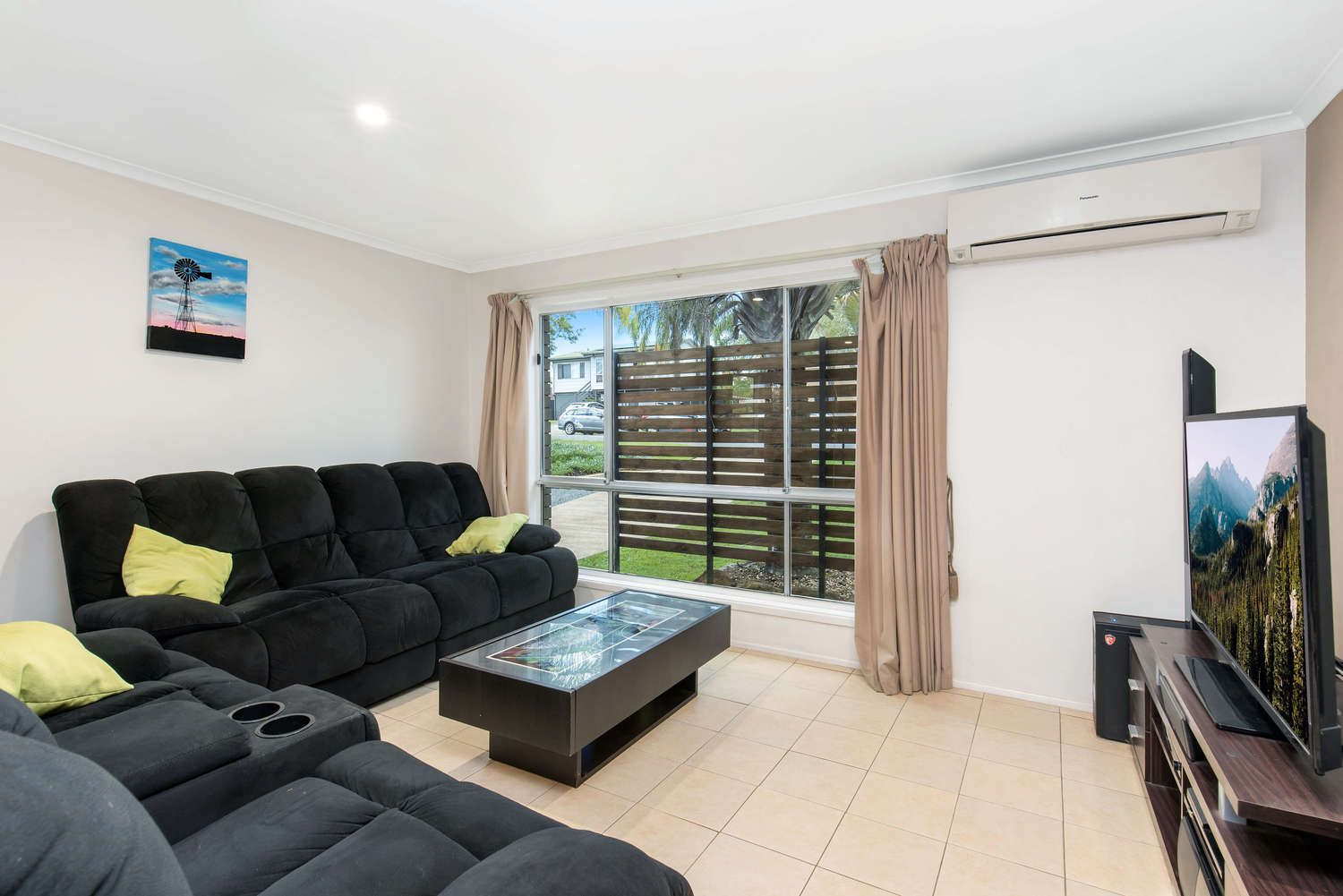 37 Parklands Ave, Browns Plains QLD 4118, Image 1