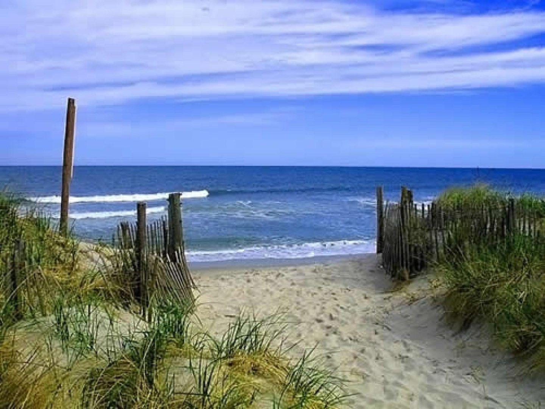 Rules Beach QLD 4674, Image 0