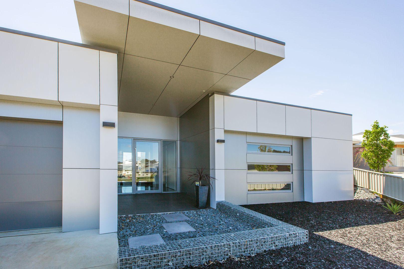 214 Pickworth Court, Thurgoona NSW 2640, Image 0