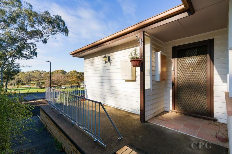 85 Diamond Gully Road, Mckenzie Hill VIC 3451, Image 2