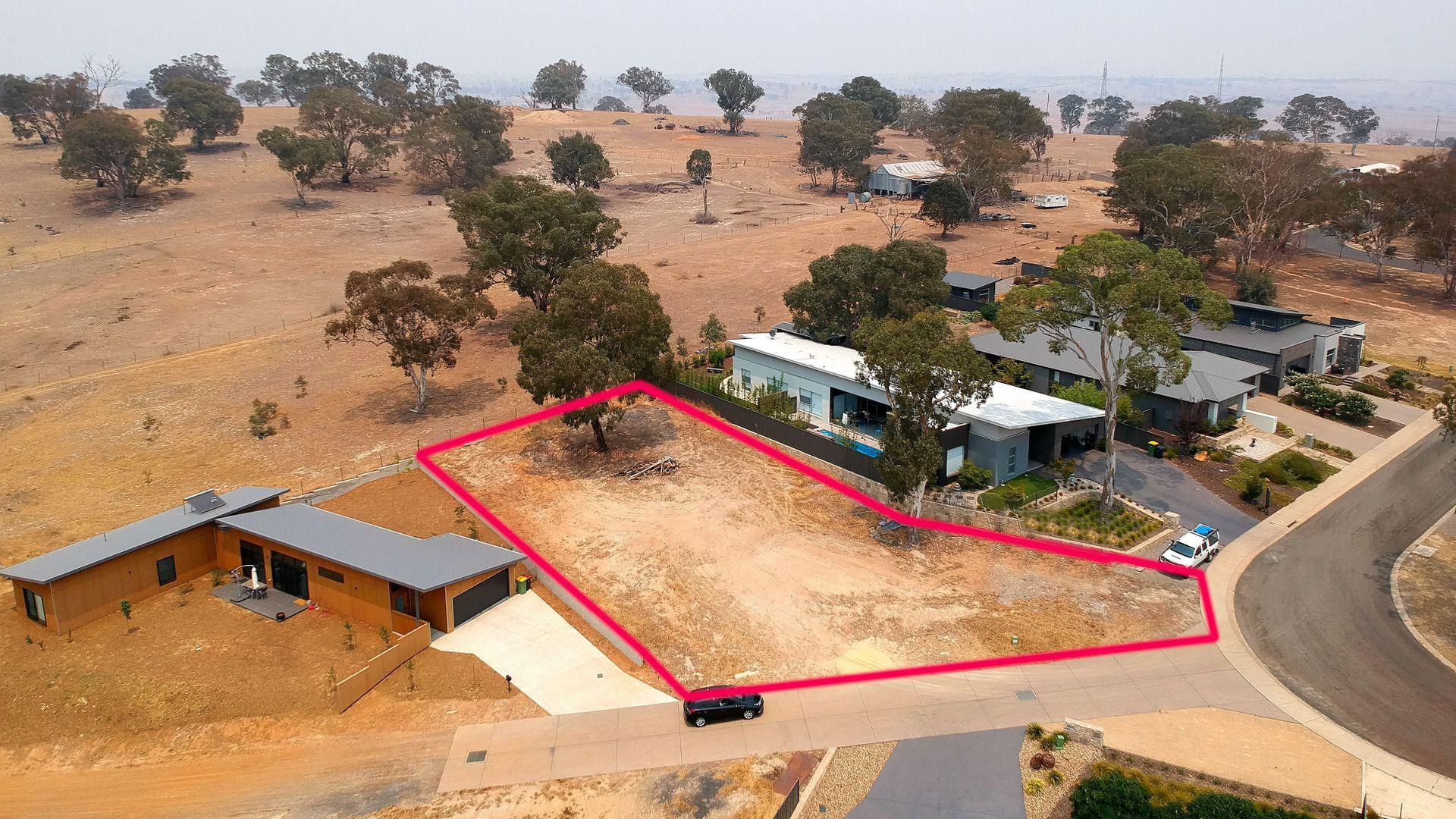 9 Martin Close, Yass NSW 2582, Image 2