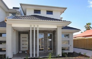 Picture of 2/62 Blenheim Road, Newport VIC 3015