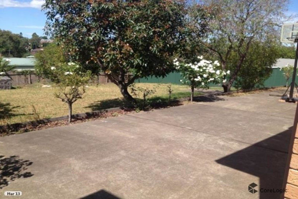 76 Crispsparkle Drive, Ambarvale NSW 2560, Image 1