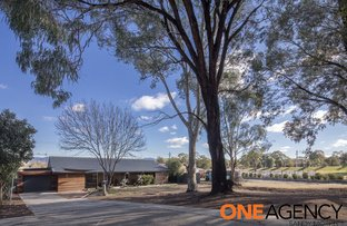 Picture of 33 Rylah Crescent, Wanniassa ACT 2903