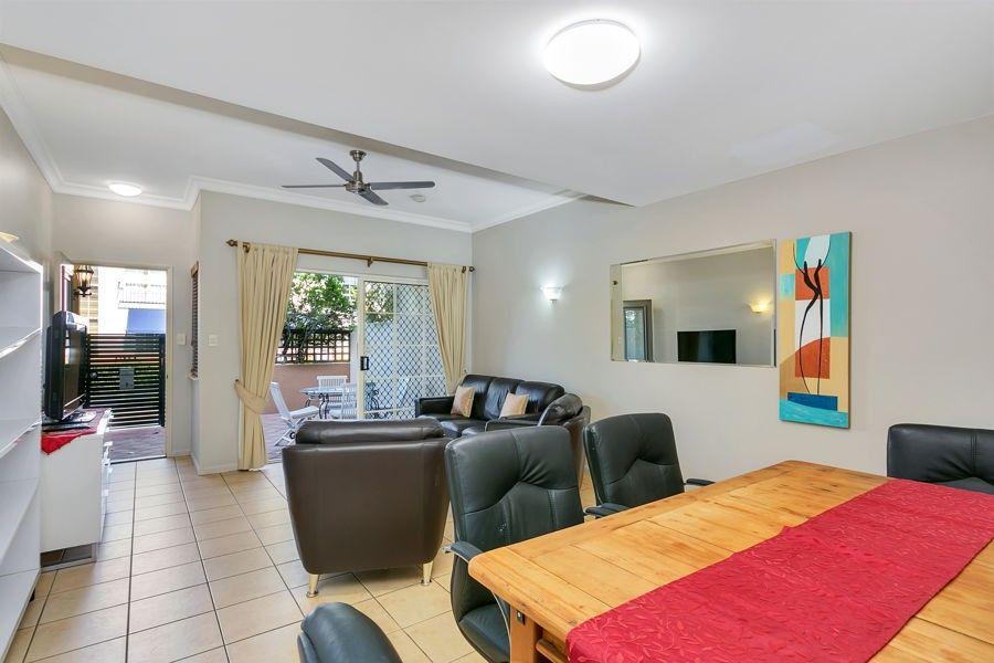107 2 Greenslopes Street, Cairns North QLD 4870, Image 2