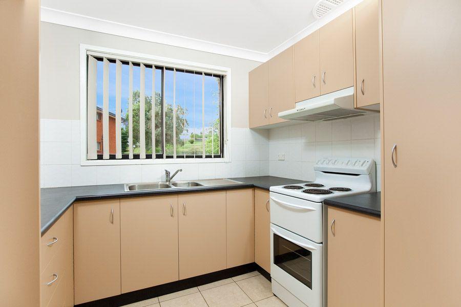 1/37 Kingsley Drive, Lake Heights NSW 2502, Image 1
